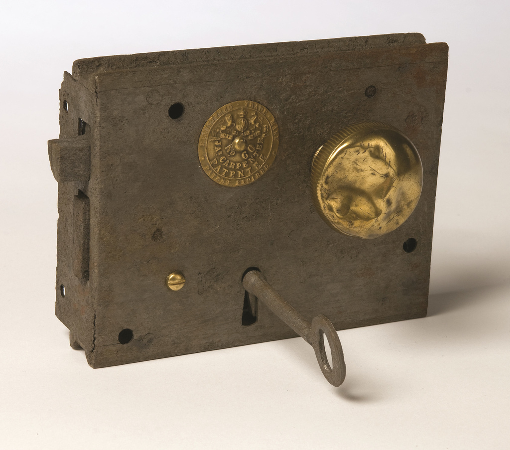 <span>maker's plate reads: WR Registered Trade Mark, No. 60, Jas Carpenter Patentee, patent expired</span>Door lock, knobs, plate and key c.1830-37