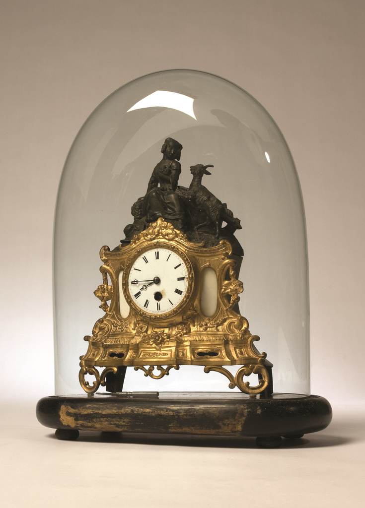<span>Maker's mark reads: 'Poupin Et Cie A Paris'</span>Mantel clock c.1880