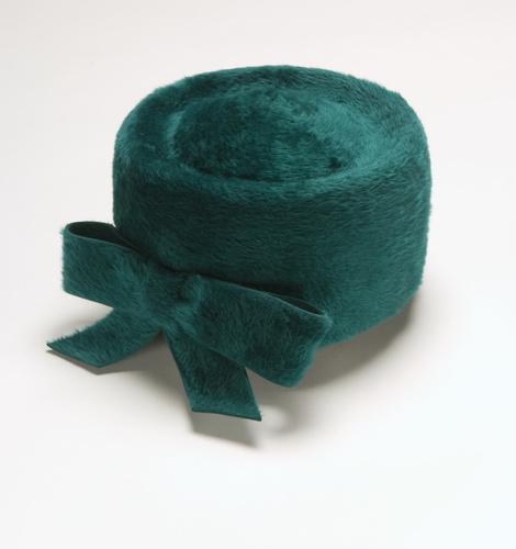 <span></span>Hat