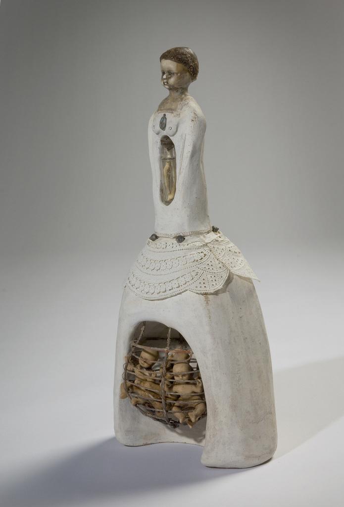 <span>Mariana del Castillo</span>The Inheritance 2001