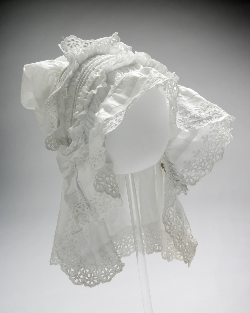 <span></span>Bonnet 19th Century
