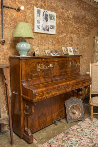 <span>L P Renardi</span>Piano