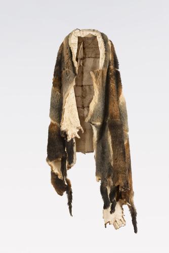<span>Matilda House</span>Possum-skin cloak 2010